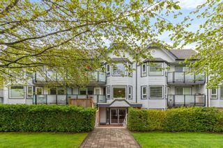 """Photo 1: 102 315 E 3RD Street in North Vancouver: Lower Lonsdale Condo for sale in """"Dunbarton Manor"""" : MLS®# R2574510"""