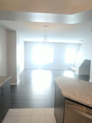 Photo 6: 7503 Getty Gate in Edmonton: Townhouse for rent