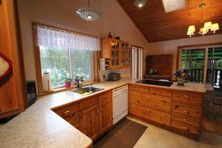 Photo 11: 5244 NE Meadow Creek Road in Celista: North Shuswap House for sale (Shuswap)  : MLS®# 10110324