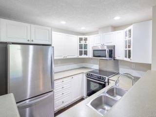 Photo 12: 203 380 Waterfront Cres in : Vi Rock Bay Condo for sale (Victoria)  : MLS®# 876903