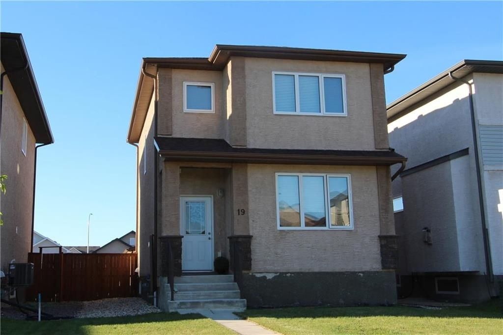 Main Photo: 19 Stan Schriber Crescent in Winnipeg: Transcona Residential for sale (3K)  : MLS®# 202012993