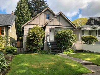 Photo 1: 1969 E 8TH Avenue in Vancouver: Grandview Woodland House for sale (Vancouver East)  : MLS®# R2577187