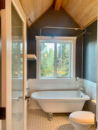 Photo 11: 4060 WHISTLER Road in Smithers: Smithers - Rural House for sale (Smithers And Area (Zone 54))  : MLS®# R2616606
