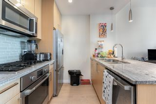 """Photo 12: 315 38 W 1ST Avenue in Vancouver: False Creek Condo for sale in """"The One"""" (Vancouver West)  : MLS®# R2597400"""