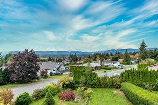 Photo 2: 197 Stafford Ave in : CV Courtenay East House for sale (Comox Valley)  : MLS®# 857164