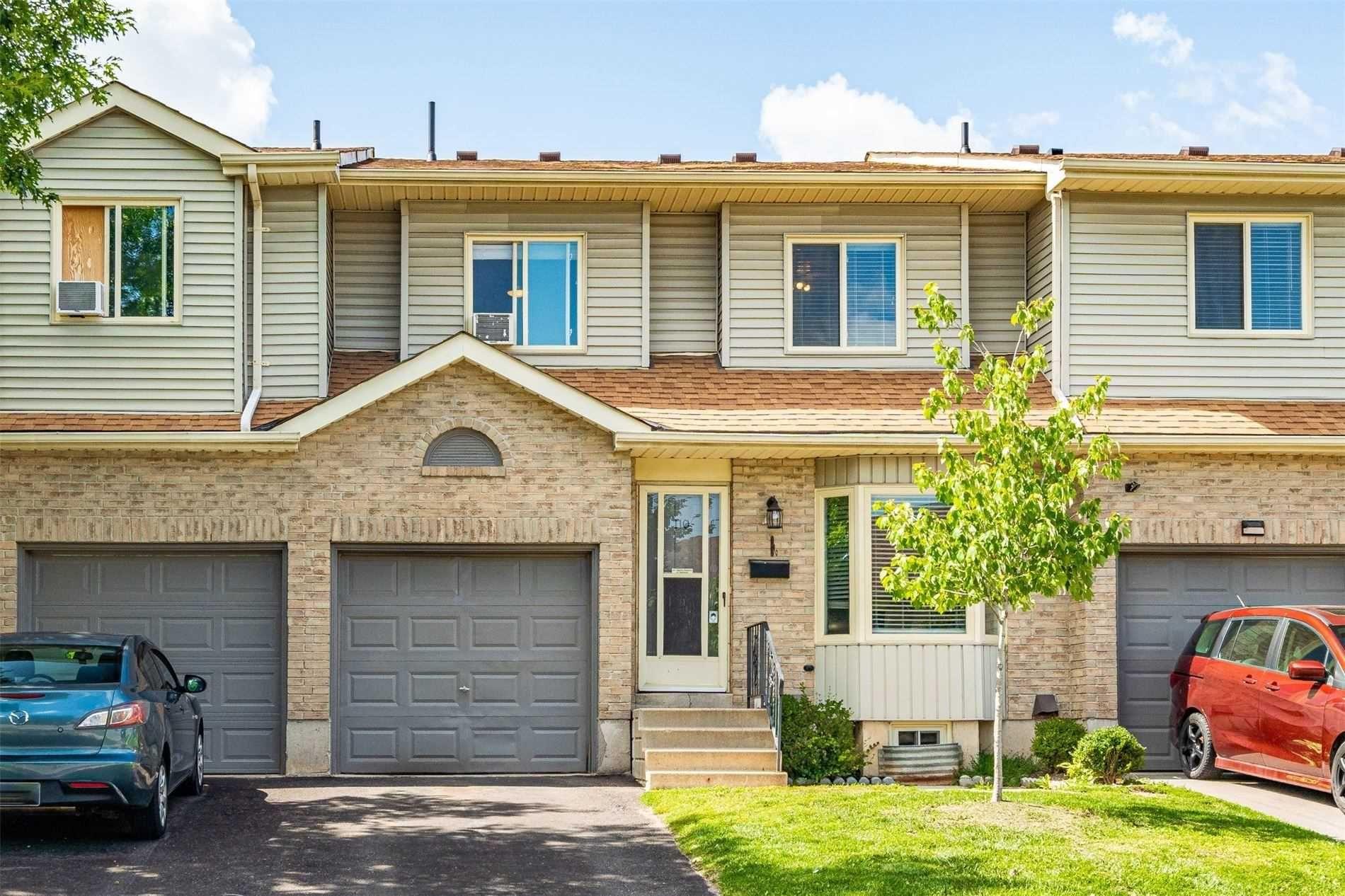 Main Photo: 110 90 Lawrence Avenue: Orangeville Condo for sale : MLS®# W5329629