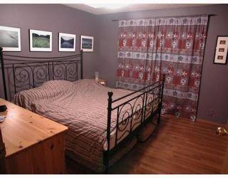 Photo 13: 83 HAWKLEY VALLEY Road NW in CALGARY: Hawkwood Residential Detached Single Family for sale (Calgary)  : MLS®# C3361243