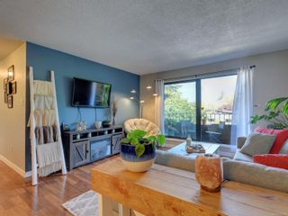 Photo 5: 306 1571 Mortimer St in : SE Mt Tolmie Condo for sale (Saanich East)  : MLS®# 851435