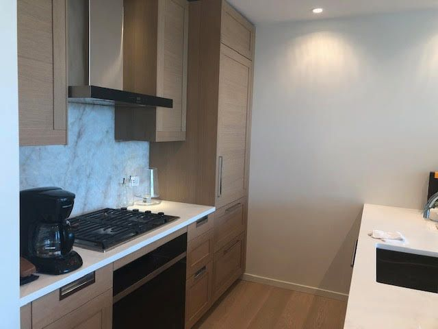 Photo 9: Photos: 502-1355 Bellevue Ave in West Vancouver: Ambleside Condo for rent