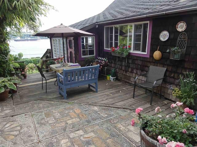 Main Photo: 3920 Dollarton Highway in North Vancouver: Roche Point House for sale : MLS®# R2354221
