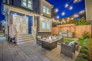 Photo 1: 945 E 14TH Avenue in Vancouver: Mount Pleasant VE 1/2 Duplex for sale (Vancouver East)  : MLS®# R2319982