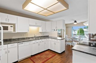 """Photo 10: 166 32691 GARIBALDI Drive in Abbotsford: Abbotsford West Townhouse for sale in """"Carriage Lane"""" : MLS®# R2590175"""