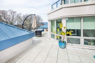 """Photo 4: 611 500 W 10TH Avenue in Vancouver: Fairview VW Condo for sale in """"Cambridge Court"""" (Vancouver West)  : MLS®# R2381638"""
