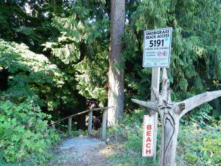 """Photo 35: 5157 RADCLIFFE Road in Sechelt: Sechelt District House for sale in """"Selma Park"""" (Sunshine Coast)  : MLS®# R2555636"""
