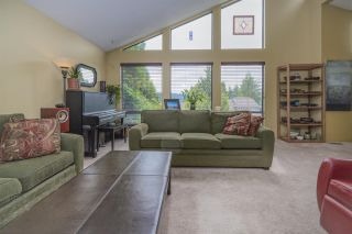 Photo 5: 2557 PEREGRINE Place in Coquitlam: Upper Eagle Ridge House for sale : MLS®# R2467956