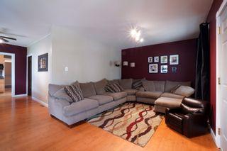 Photo 2: 45 6th Street NE in Portage la Prairie: House for sale : MLS®# 202112294