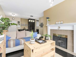 """Photo 1: PH10 511 W 7TH Avenue in Vancouver: Fairview VW Condo for sale in """"BEVERLY GARDENS"""" (Vancouver West)  : MLS®# R2156639"""