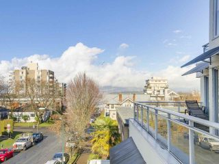 """Photo 20: 301 1978 VINE Street in Vancouver: Kitsilano Condo for sale in """"CAPERS BUILDING"""" (Vancouver West)  : MLS®# R2224832"""