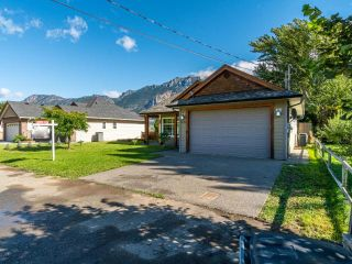 Photo 4: 1552 GARDEN STREET: Lillooet House for sale (South West)  : MLS®# 164189