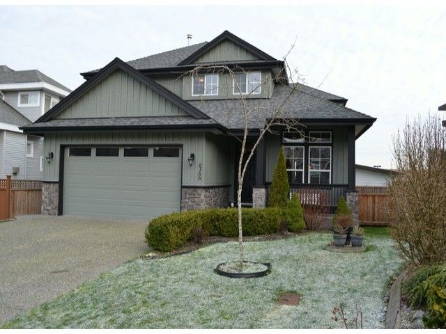Main Photo: 6166 165TH Street in Surrey: Cloverdale BC House for sale (Cloverdale)  : MLS®# F1228814