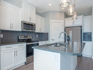 Photo 3: 41 SKYVIEW Parade NE in Calgary: Skyview Ranch Row/Townhouse for sale : MLS®# C4295841