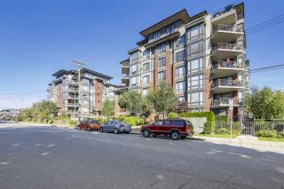 """Photo 2: 301 1550 MARTIN Street: White Rock Condo for sale in """"Sussex House"""" (South Surrey White Rock)  : MLS®# R2309200"""
