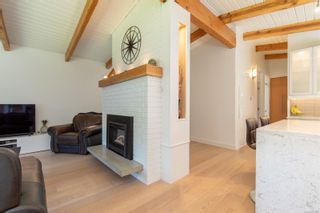 Photo 6: 2395 Marlborough Dr in : Na Departure Bay House for sale (Nanaimo)  : MLS®# 879366