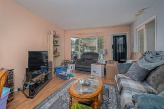 """Photo 4: 1 9088 HOLT Road in Delta: Queen Mary Park Surrey Townhouse for sale in """"Ashley Grove"""" (Surrey)  : MLS®# R2534780"""