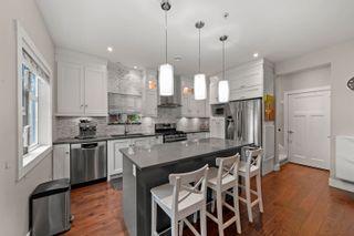 Photo 3: 1284 E 14TH Avenue in Vancouver: Mount Pleasant VE 1/2 Duplex for sale (Vancouver East)  : MLS®# R2623607