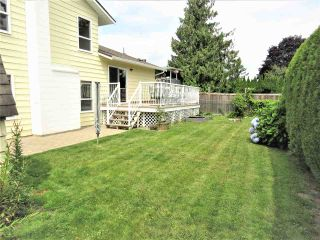 Photo 19: 6482 WILTSHIRE Street in Sardis: Sardis West Vedder Rd House for sale : MLS®# R2389613