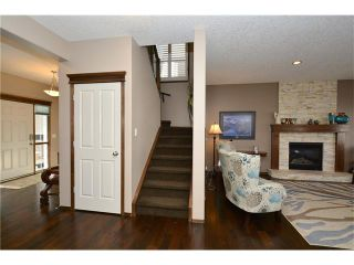 Photo 10: 14 WEST POINTE Manor: Cochrane House for sale : MLS®# C4108329