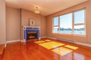 Photo 4: 111 75 Songhees Rd in : VW Songhees Row/Townhouse for sale (Victoria West)  : MLS®# 854182