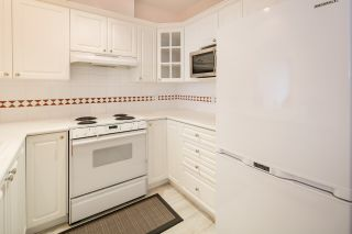 """Photo 11: 424 5735 HAMPTON Place in Vancouver: University VW Condo for sale in """"THE BRISTOL"""" (Vancouver West)  : MLS®# R2089094"""