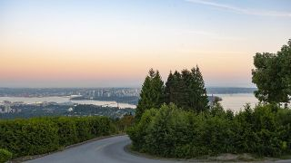 Photo 34: 1437 CHARTWELL Drive in West Vancouver: Chartwell House for sale : MLS®# R2625774