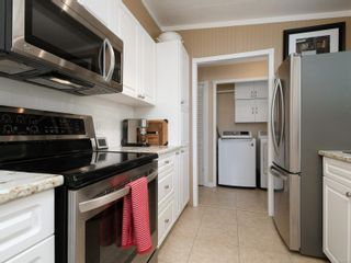 Photo 10: 9387 Brookwood Dr in : Si Sidney South-West Manufactured Home for sale (Sidney)  : MLS®# 869796