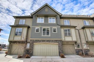 Photo 38: 444 Quarry Way SE in Calgary: Douglasdale/Glen Row/Townhouse for sale : MLS®# A1094767