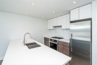 """Photo 13: 511 3557 SAWMILL Crescent in Vancouver: South Marine Condo for sale in """"One Town Centre"""" (Vancouver East)  : MLS®# R2569435"""