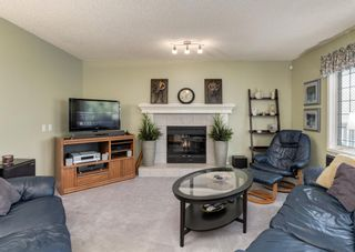 Photo 11: 115 Douglasview Bay SE in Calgary: Douglasdale/Glen Detached for sale : MLS®# A1108035