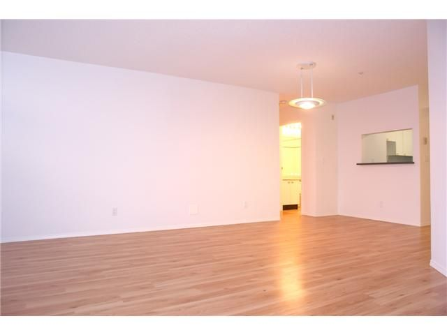 """Photo 2: Photos: # 284 8333 JONES RD in Richmond: Brighouse South Townhouse for sale in """"CAMELIA GARDENS"""" : MLS®# V985608"""
