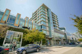 "Photo 1: 613 522 W 8TH Avenue in Vancouver: Fairview VW Condo for sale in ""Crossroads"" (Vancouver West)  : MLS®# R2558030"