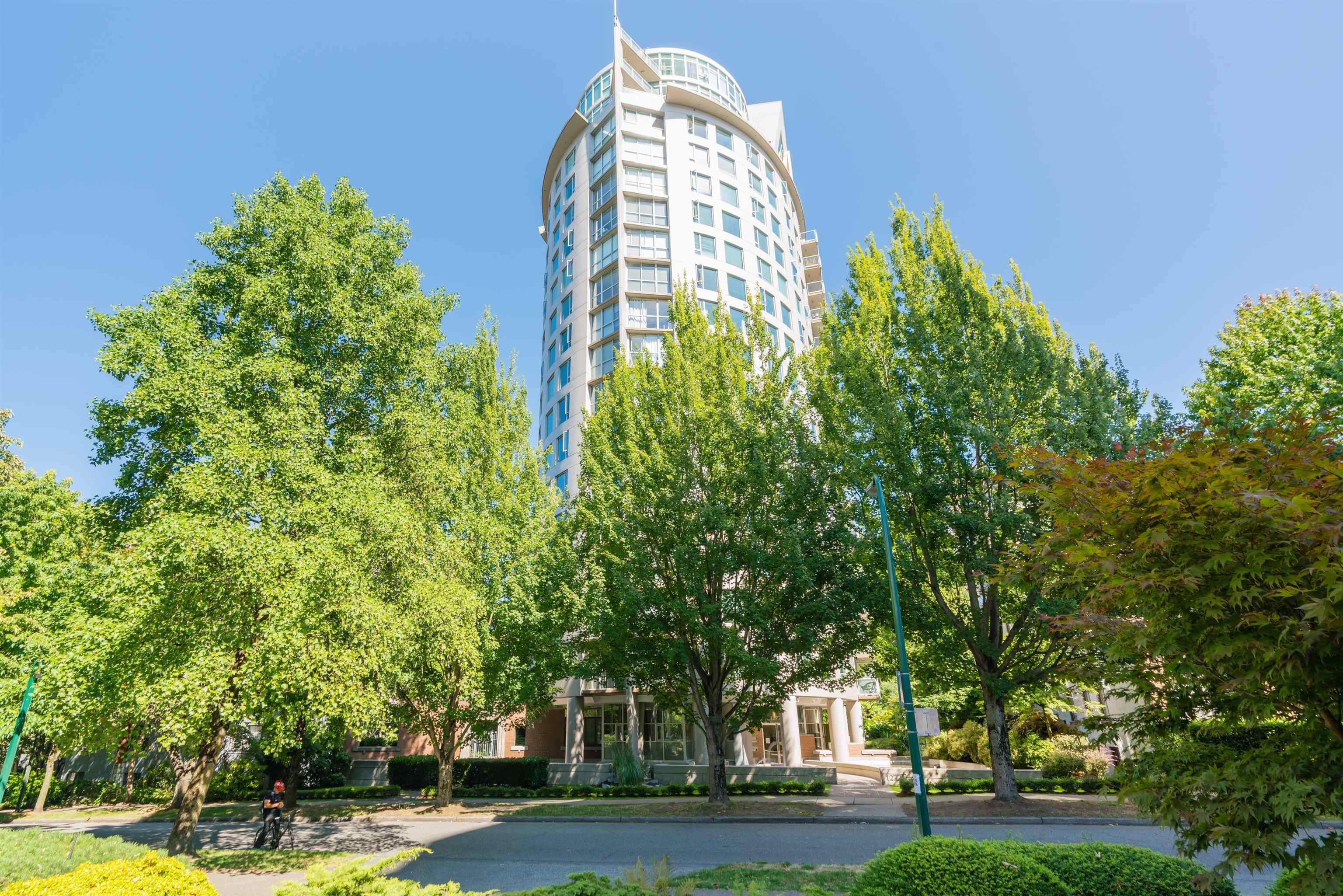 """Main Photo: 903 1277 NELSON Street in Vancouver: West End VW Condo for sale in """"THE JETSON"""" (Vancouver West)  : MLS®# R2615495"""