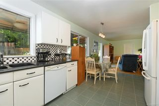 Photo 6: 2201 Tara Pl in Sooke: Sk Broomhill House for sale : MLS®# 840371