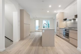 """Photo 14: TH16 528 E 2ND Street in North Vancouver: Lower Lonsdale Townhouse for sale in """"Founder Block South"""" : MLS®# R2540975"""