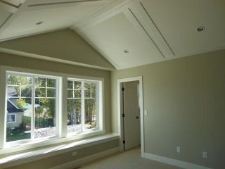 "Photo 8: 17315 0A Avenue in Surrey: Pacific Douglas House for sale in ""Summerfield"" (South Surrey White Rock)  : MLS®# F1300365"
