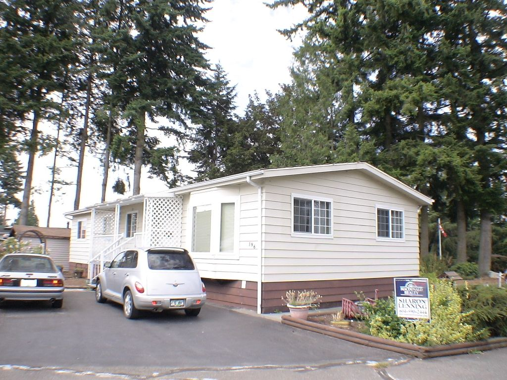 """Main Photo: 196 3665 244 Street in Langley: Otter District Manufactured Home for sale in """"LANGLEY GROVE ESTATES"""" : MLS®# exclusive"""