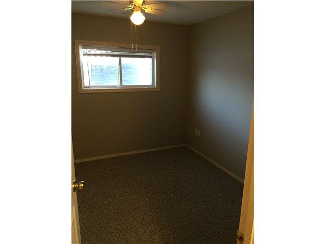 Photo 8: Photos: 10204 103RD Avenue in Fort St. John: Fort St. John - City NW 1/2 Duplex for sale (Fort St. John (Zone 60))  : MLS®# N241739