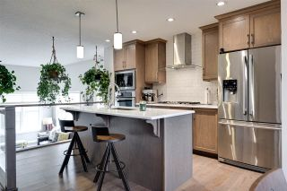 Photo 8: 2315 84 Street in Edmonton: Zone 53 House for sale : MLS®# E4235830