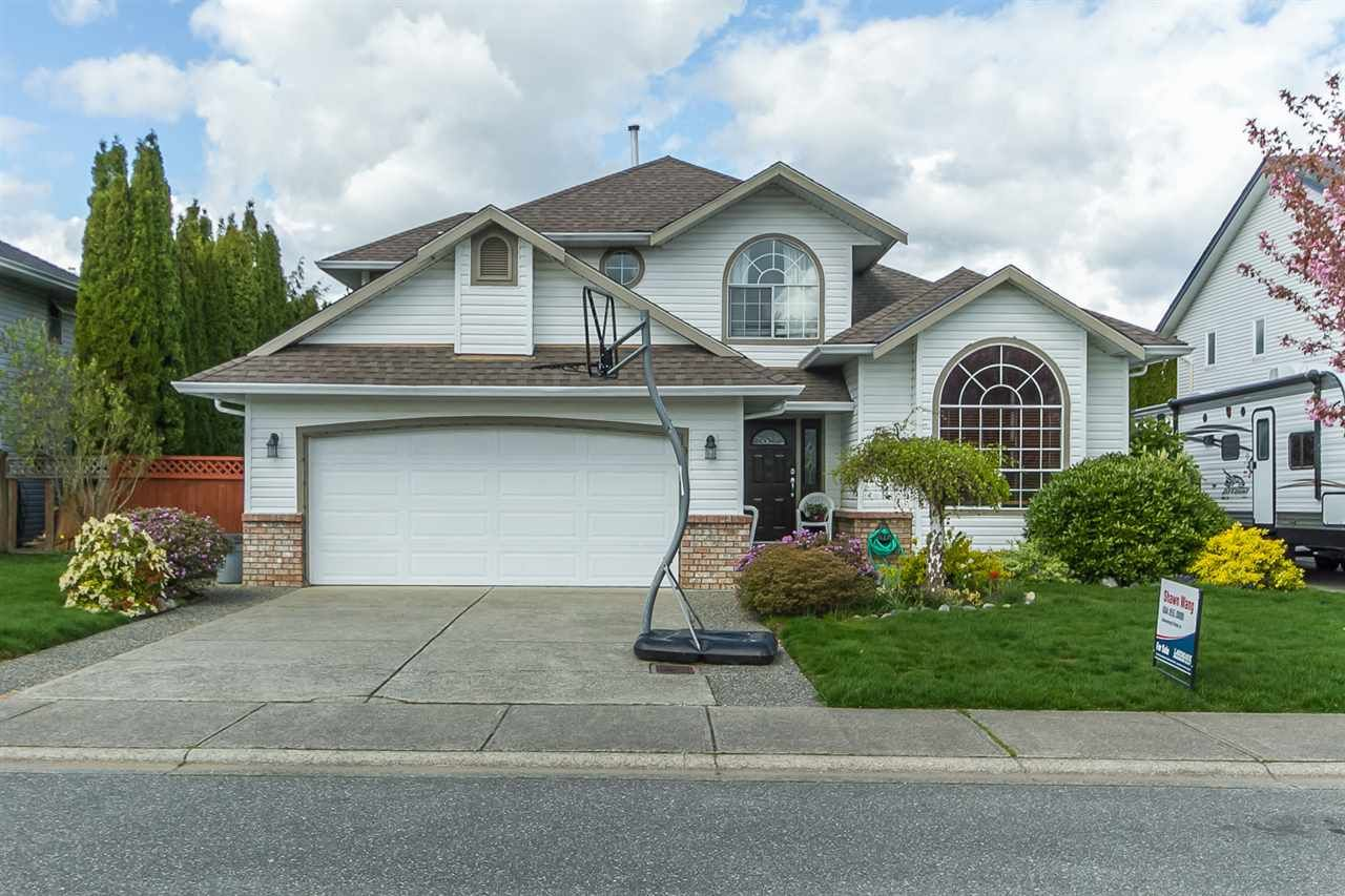 Main Photo: 35443 LETHBRIDGE DRIVE in Abbotsford: Abbotsford East House for sale : MLS®# R2053363