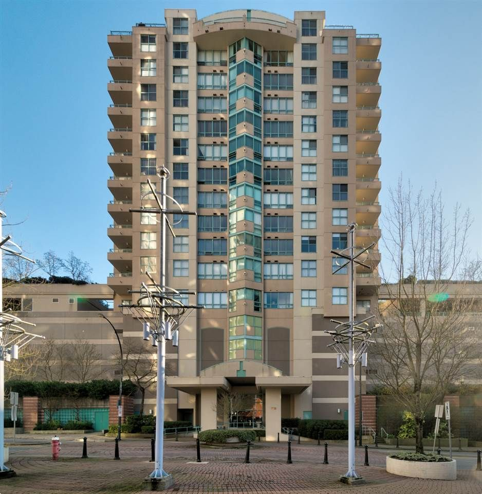 """Main Photo: 804 728 PRINCESS Street in New Westminster: Uptown NW Condo for sale in """"PRINCESS TOWER"""" : MLS®# R2226456"""