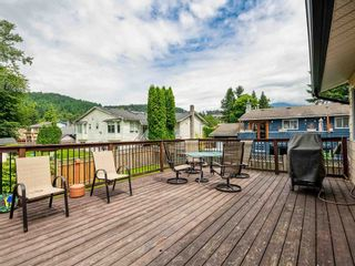 """Photo 11: 38221 GUILFORD Drive in Squamish: Valleycliffe House for sale in """"Valleycliffe"""" : MLS®# R2595387"""